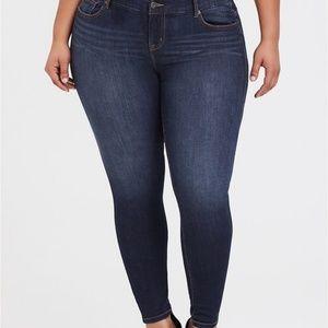 Torrid Bombshell Skinny Jeans 20R